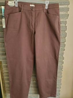 NWT Lee Women's Relaxed Fit Plain Front Straight Leg Pants S